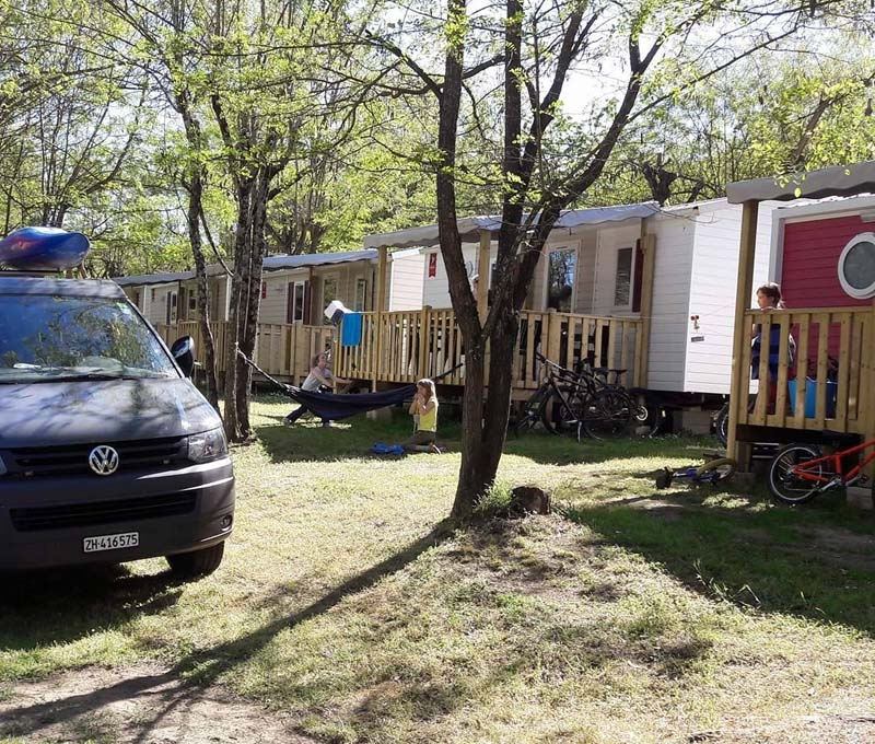 Camping Les Actinidias Ardèche locations